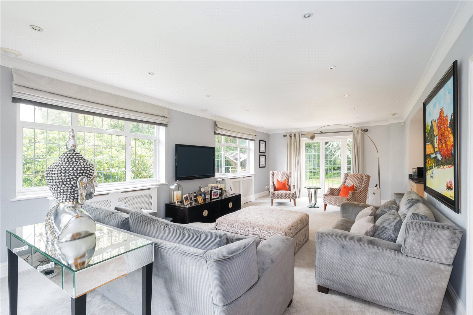 Additional photo for property listing at Howards Thicket, Gerrards Cross, Buckinghamshire, SL9 Gerrards Cross, Αγγλια