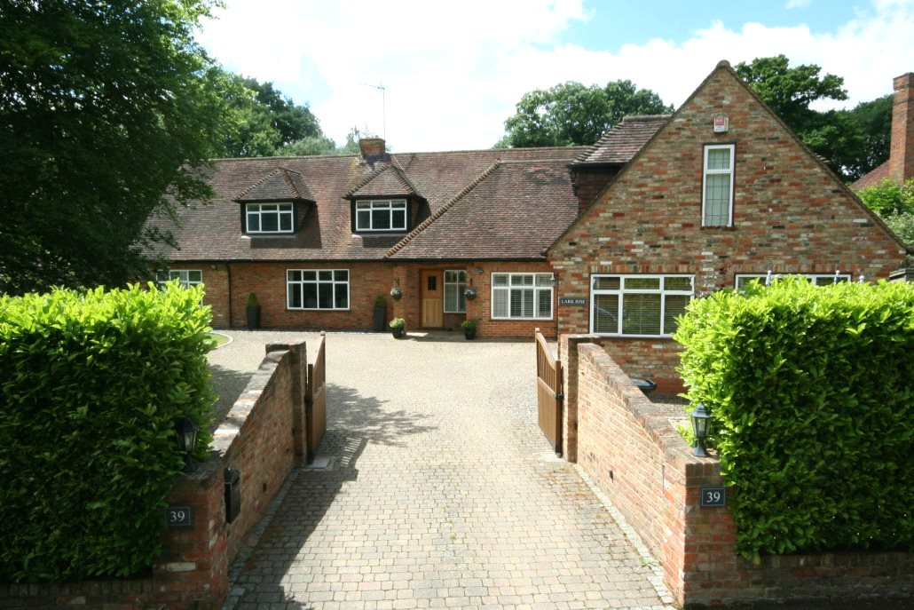 Casa Unifamiliar por un Venta en Howards Thicket, Gerrards Cross, Buckinghamshire, SL9 Gerrards Cross, Inglaterra