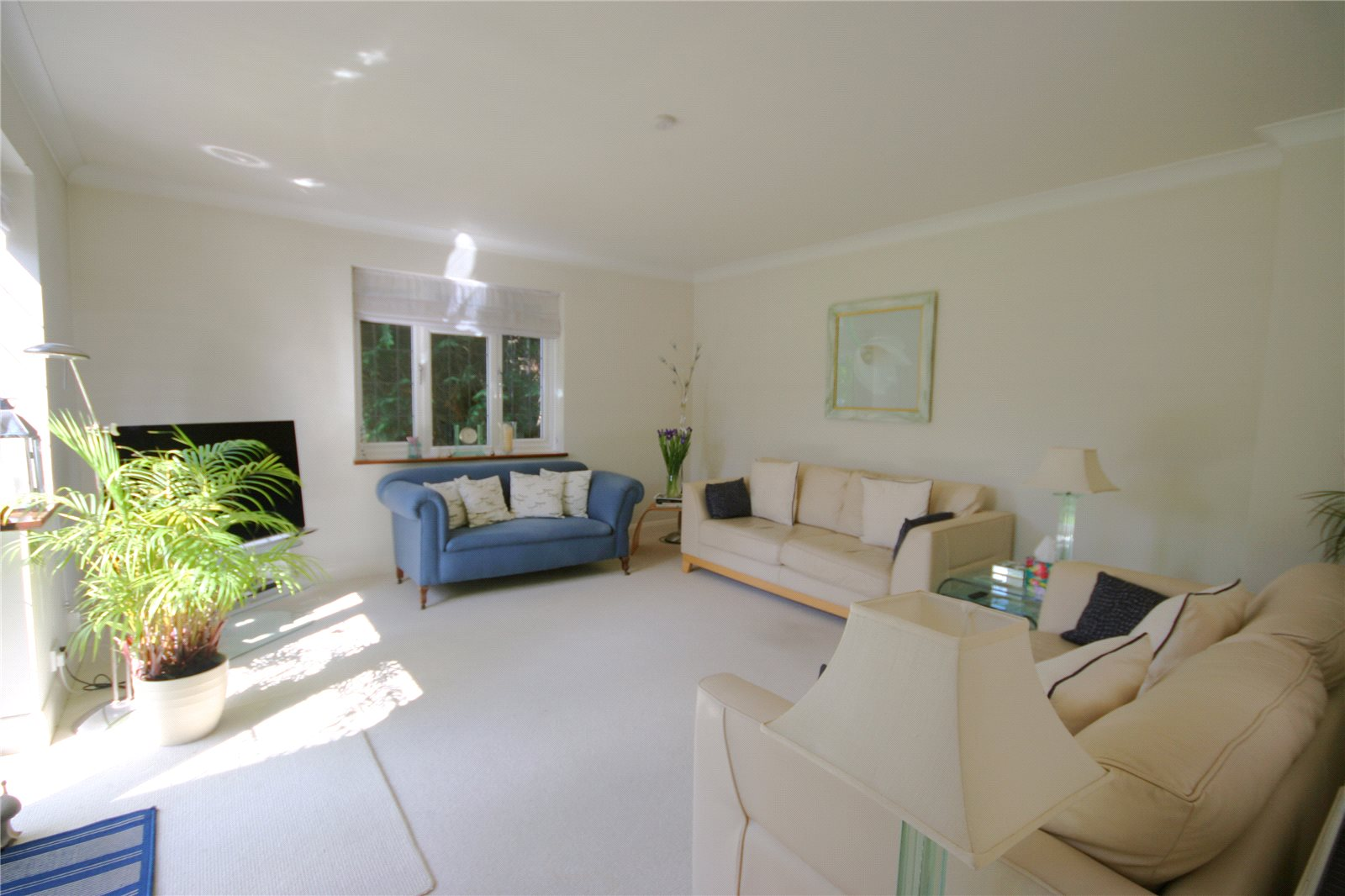 Additional photo for property listing at Denham Lane, Chalfont St Peter, Gerrards Cross, Buckinghamshire, SL9 Gerrards Cross, Angleterre