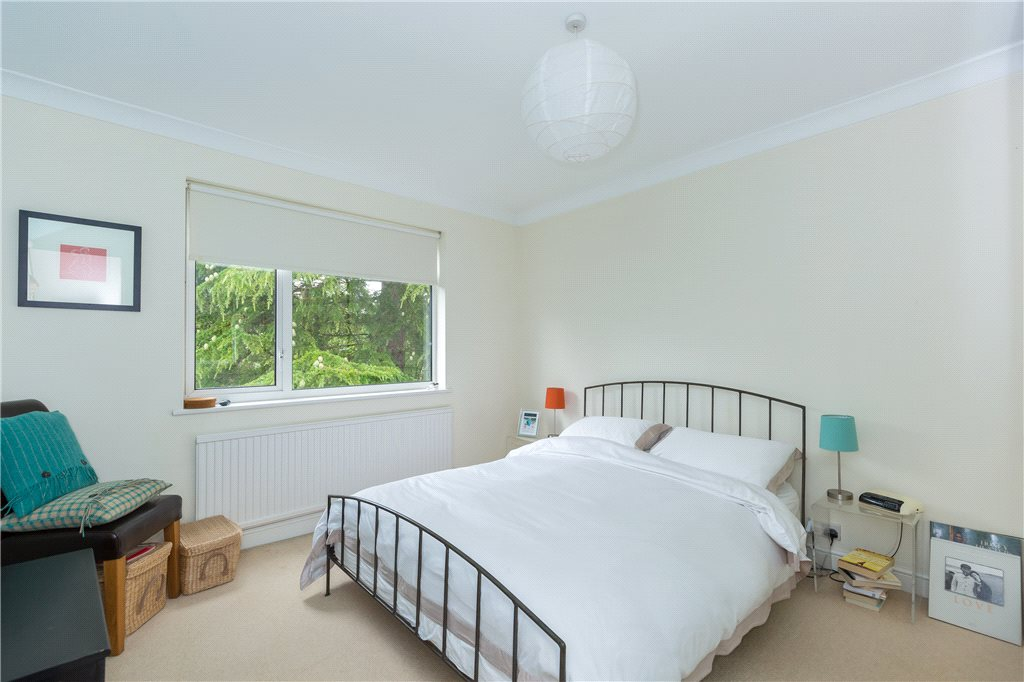 Additional photo for property listing at Nortoft Road, Chalfont St Peter, Buckinghamshire, SL9 Chalfont St Peter, Англия