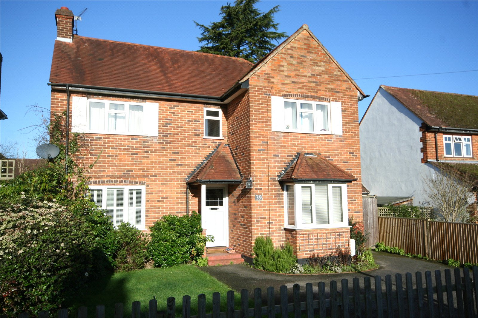 獨棟家庭住宅 為 出售 在 Nortoft Road, Chalfont St Peter, Buckinghamshire, SL9 Chalfont St Peter, 英格蘭