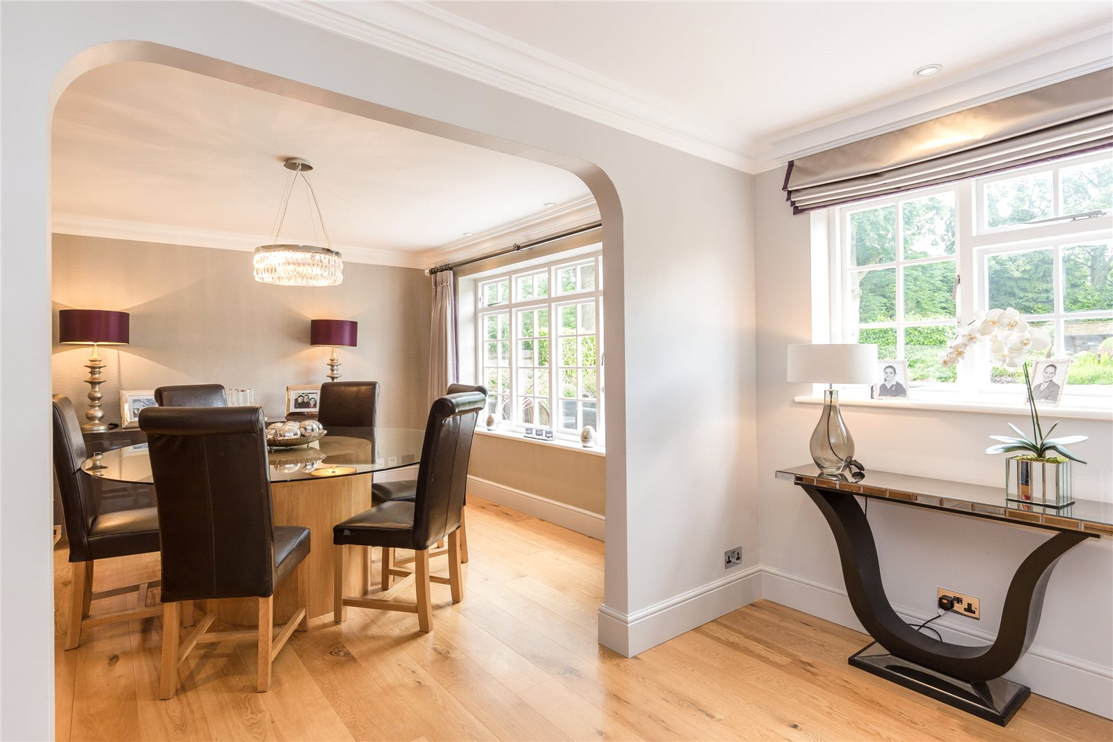 Additional photo for property listing at Dukes Wood Drive, Gerrards Cross, Buckinghamshire, SL9 Gerrards Cross, Αγγλια