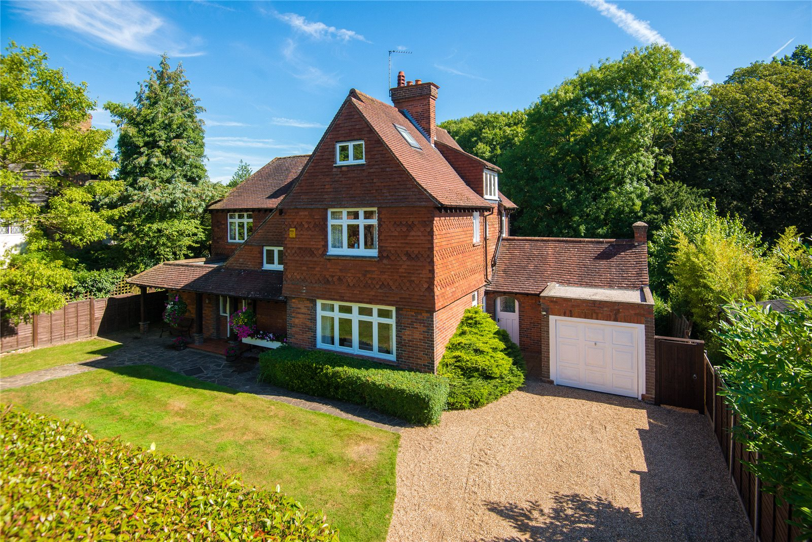Casa Unifamiliar por un Venta en North Park, Gerrards Cross, Buckinghamshire, SL9 Gerrards Cross, Inglaterra