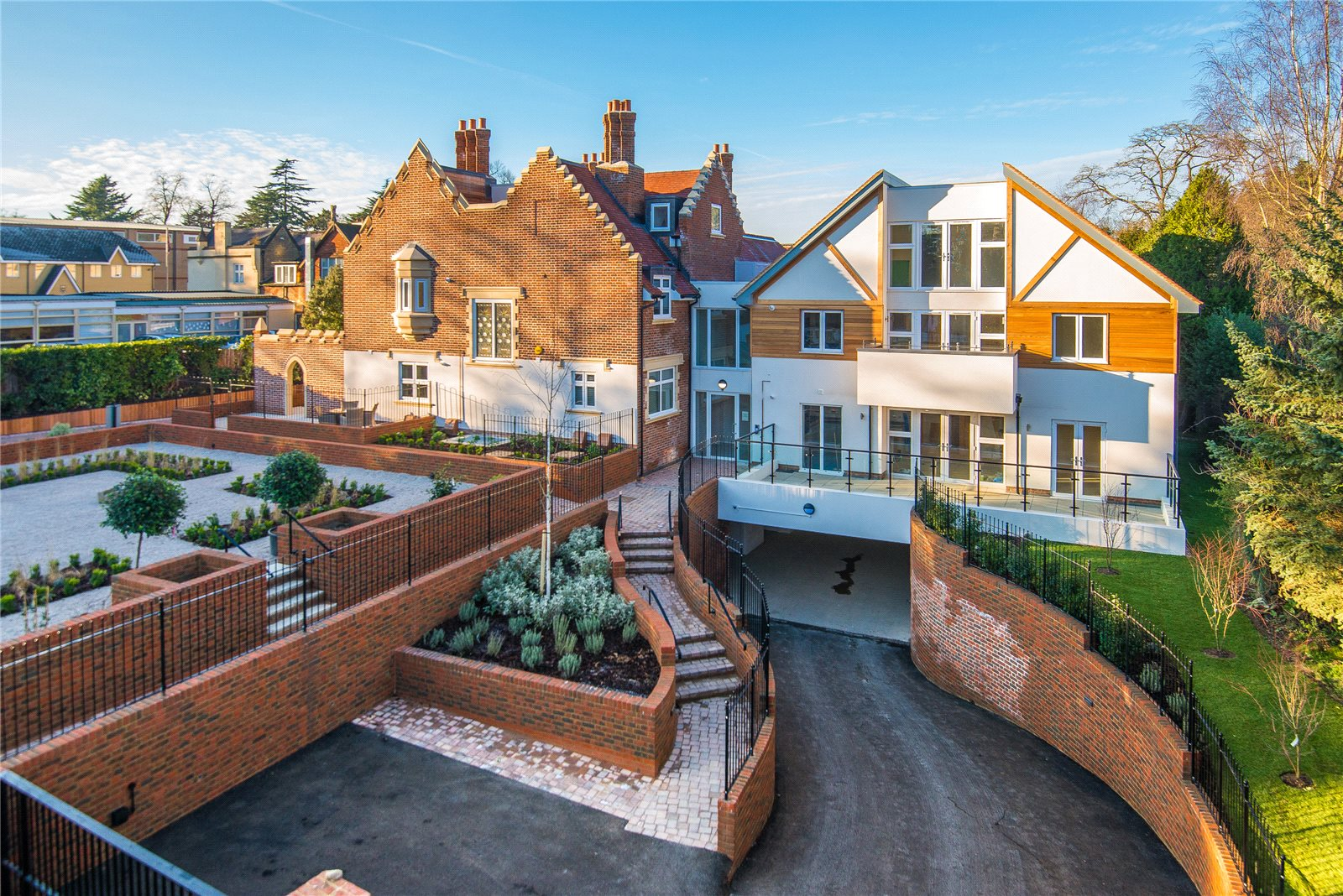 Additional photo for property listing at Scholars Place, South Park Drive, Gerrards Cross, Buckinghsmahire, SL9 Inglaterra
