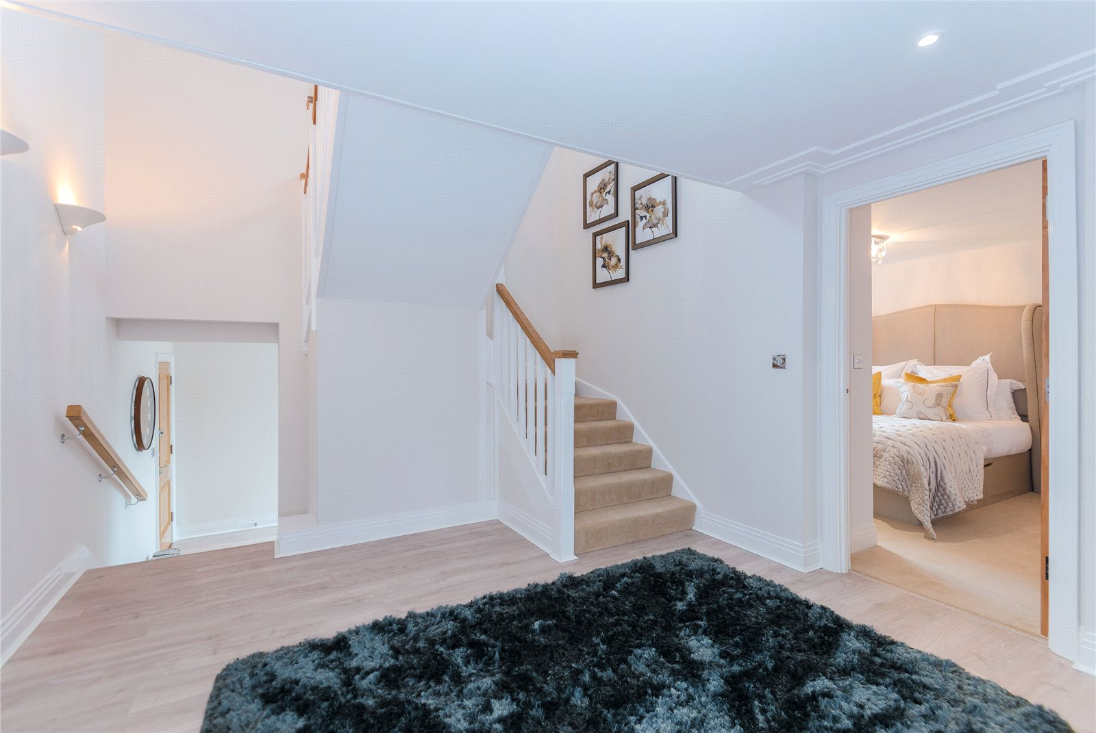 Additional photo for property listing at Scholars Place, South Park Drive, Gerrards Cross, Buckinghamshire, SL9 Gerrards Cross, Angleterre