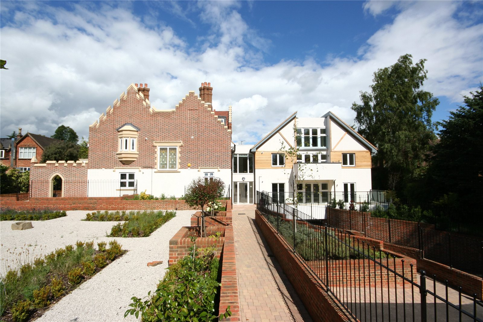 集合住宅 のために 売買 アット Scholars Place, South Park Drive, Gerrards Cross, Buckinghamshire, SL9 Gerrards Cross, イギリス