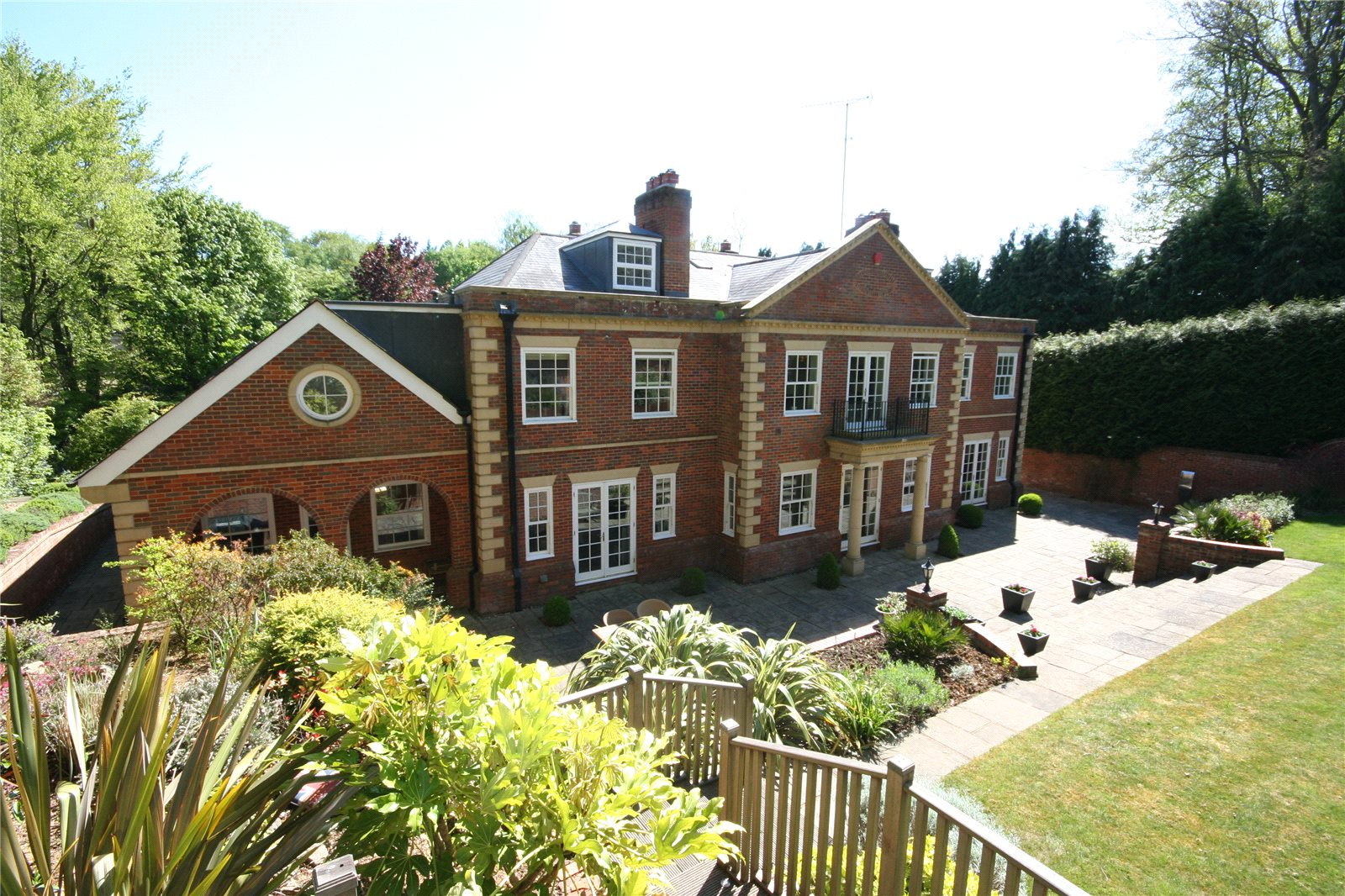 Additional photo for property listing at Top Park, Gerrards Cross, Buckinghamshire, SL9 Gerrards Cross, 영국