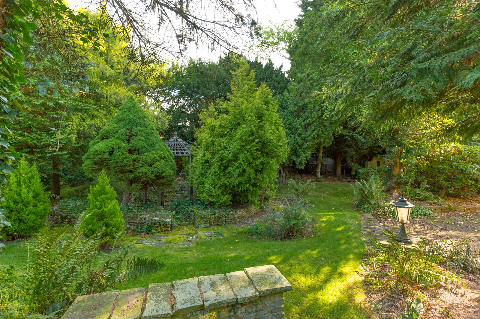 Additional photo for property listing at Chiltern Hill, Chalfont St. Peter, Gerrards Cross, Buckinghamshire, SL9 Gerrards Cross, Ingiltere