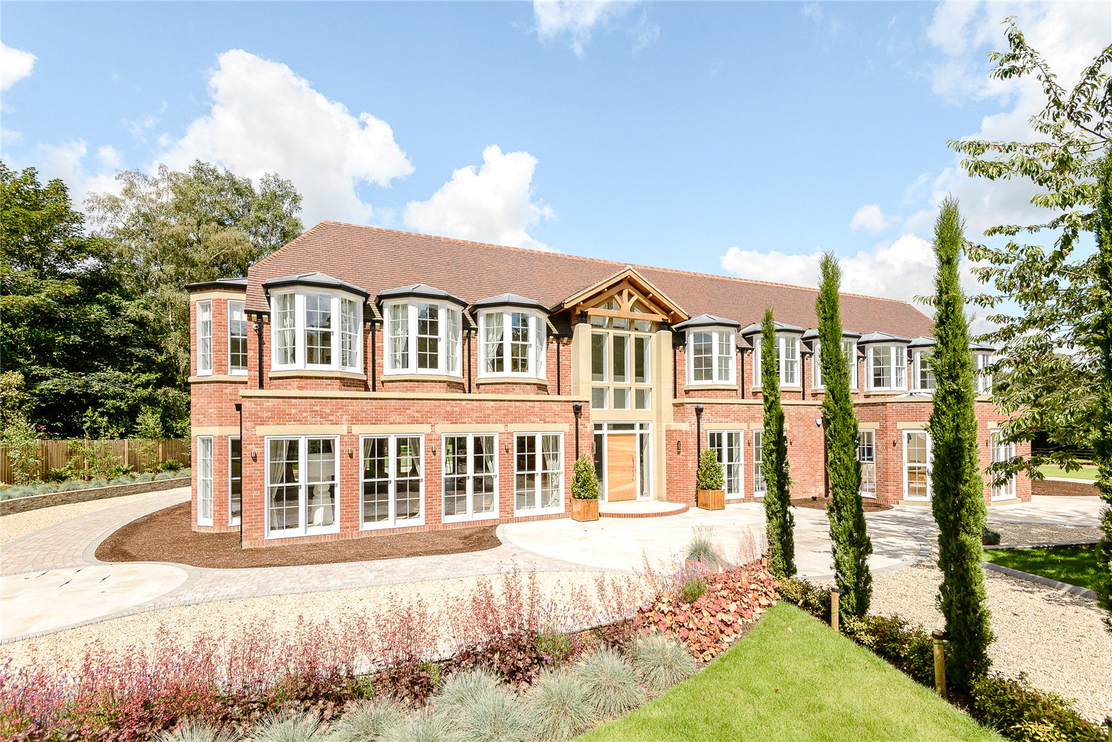 Single Family Home for Sale at Fulmer Common Road, Fulmer/Iver, Buckinghamshire, SL0 Buckinghamshire, England