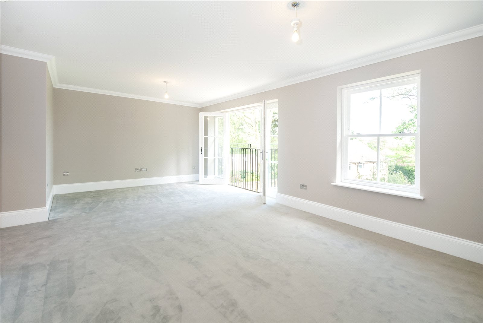 Additional photo for property listing at Refined II, South Park Drive, Gerrards Cross, Buckinghamshire, SL9 Gerrards Cross, Engeland