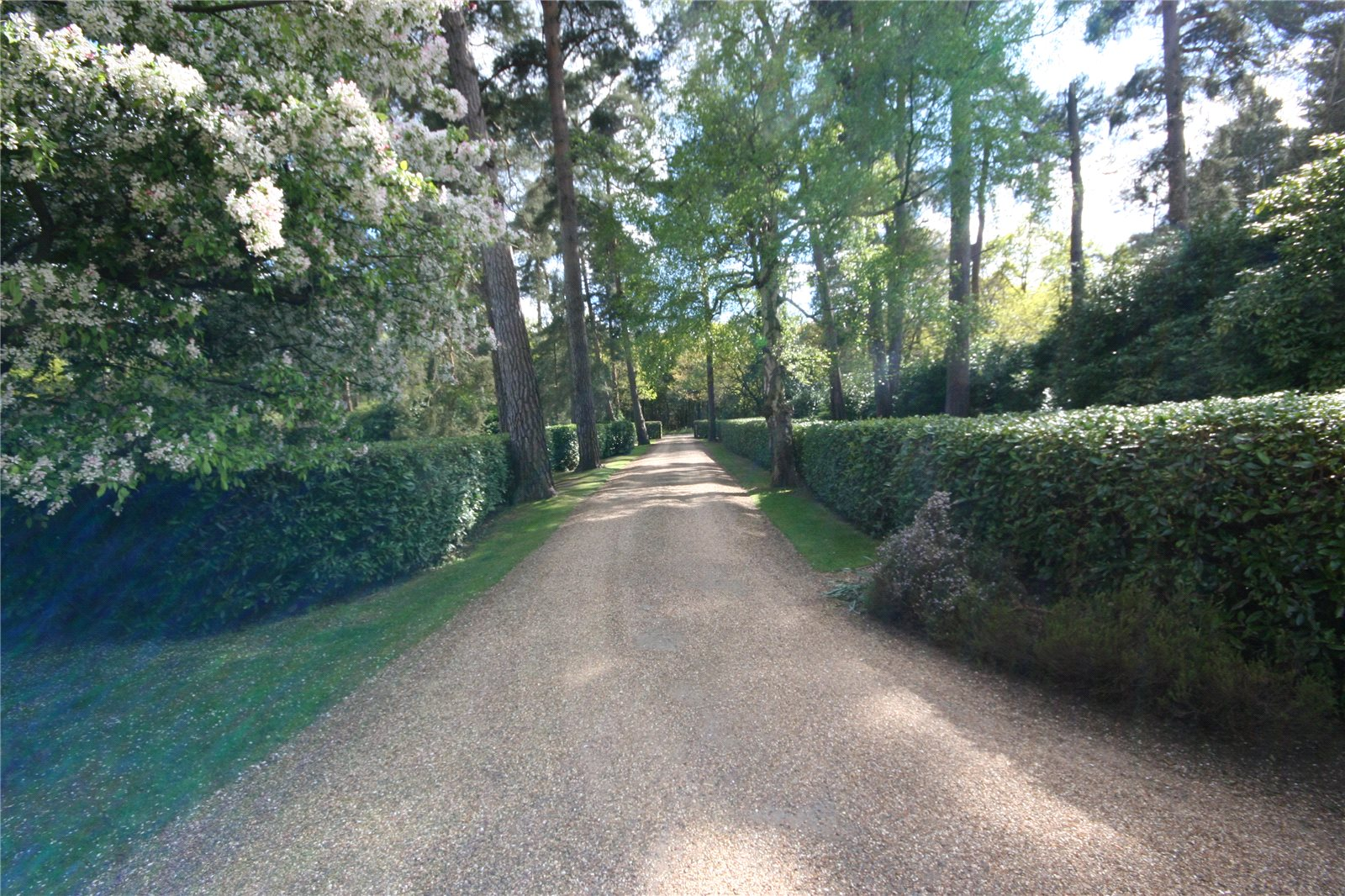 Additional photo for property listing at Stoke Common Road, Fulmer, Buckinghamshire, SL3 Fulmer, England