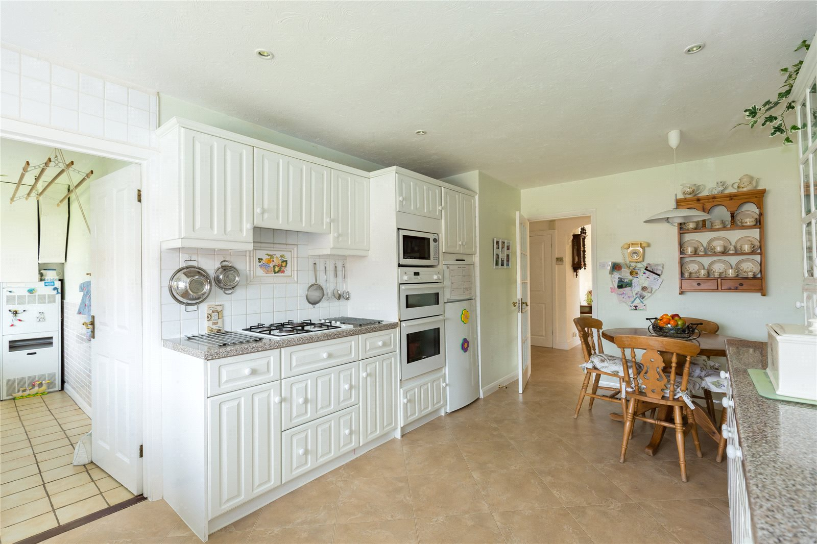 Additional photo for property listing at Denham Lane, Chalfont St Peter, Buckinghamshire, SL9 Chalfont St Peter, Angleterre