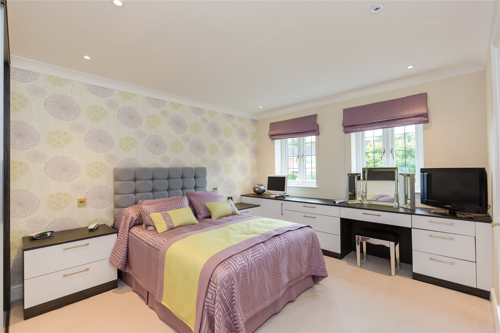 Additional photo for property listing at South Park, Gerrards Cross, Buckinghamshire, SL9 Gerrards Cross, Angleterre