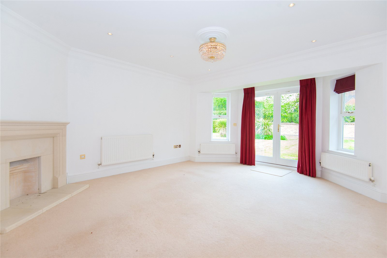 Additional photo for property listing at Stoneyfield, Gerrards Cross, Buckinghamshire, SL9 Gerrards Cross, 英格兰
