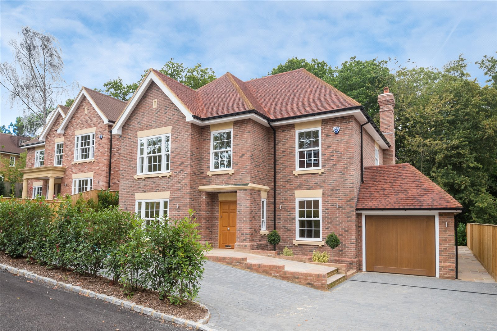 Частный дом для того Продажа на Strawberry Hill, Gerrards Cross, Buckinghamshire, SL9 Gerrards Cross, Англия