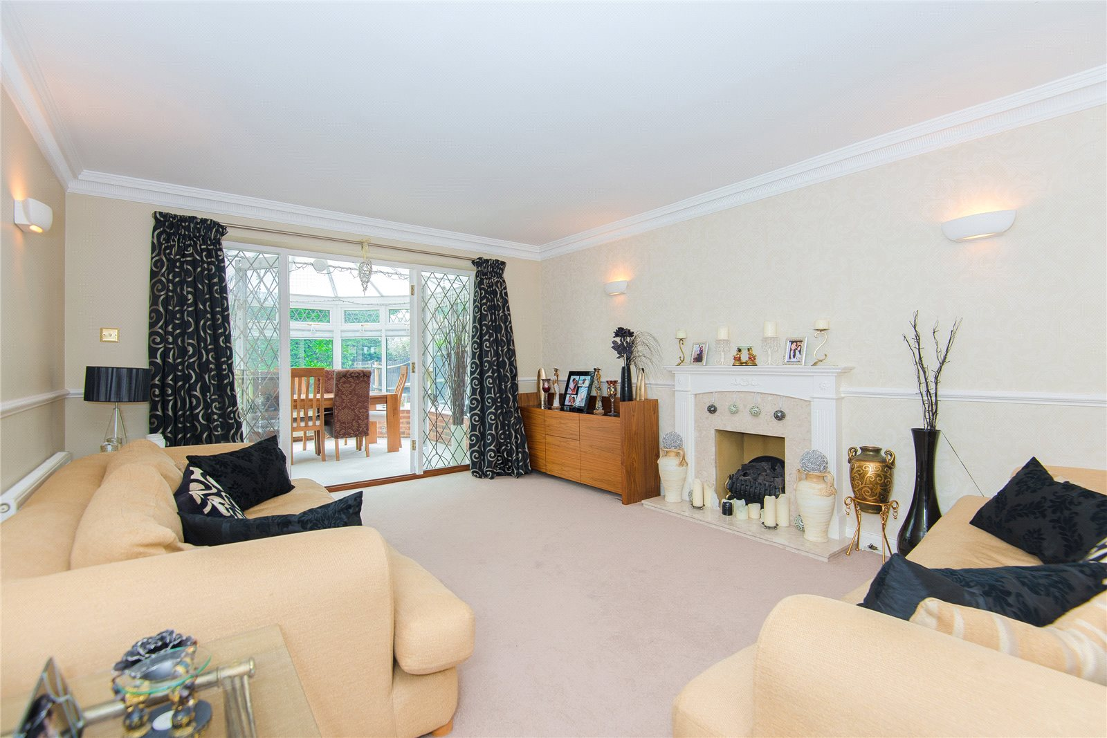 Additional photo for property listing at Scholars Walk, Chalfont St Peter, Buckinghamshire, SL9 Chalfont St Peter, Angleterre