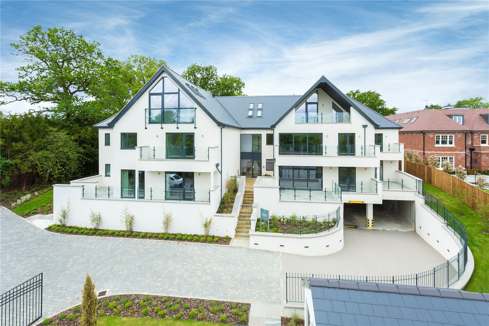 公寓 为 销售 在 South Park Crescent, Gerrards Cross, Buckinghamshire, SL9 Gerrards Cross, 英格兰