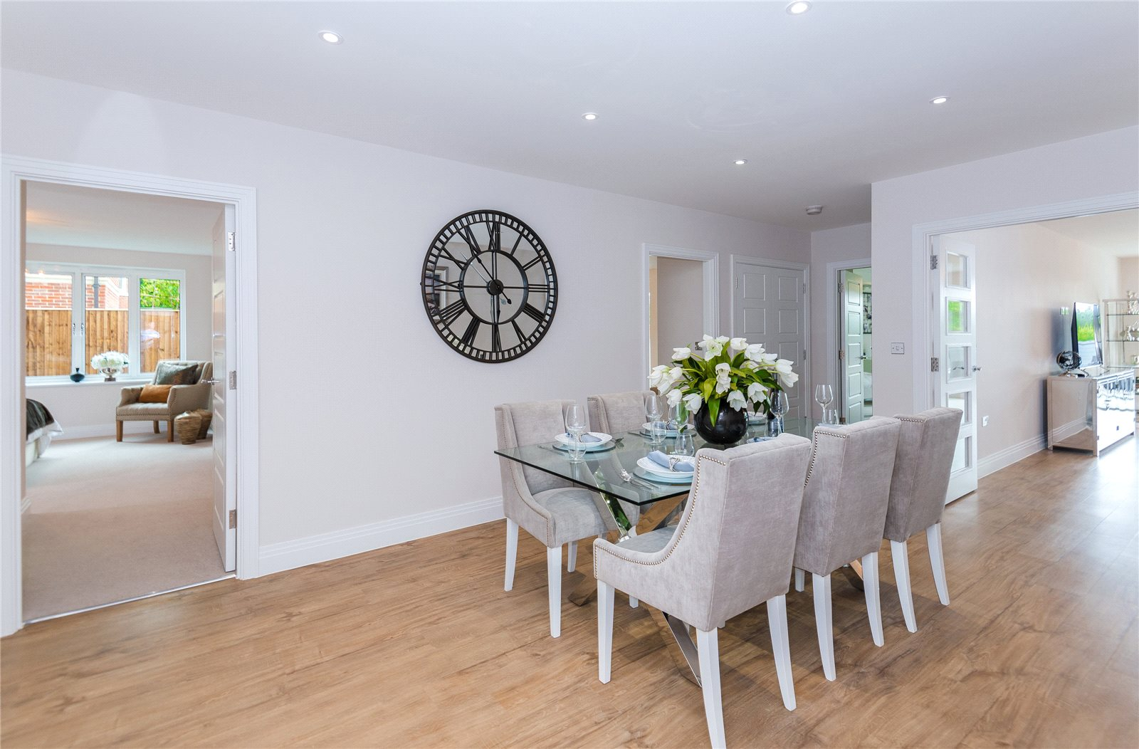 Additional photo for property listing at South Park Crescent, Gerrards Cross, Buckinghamshire, SL9 Gerrards Cross, イギリス