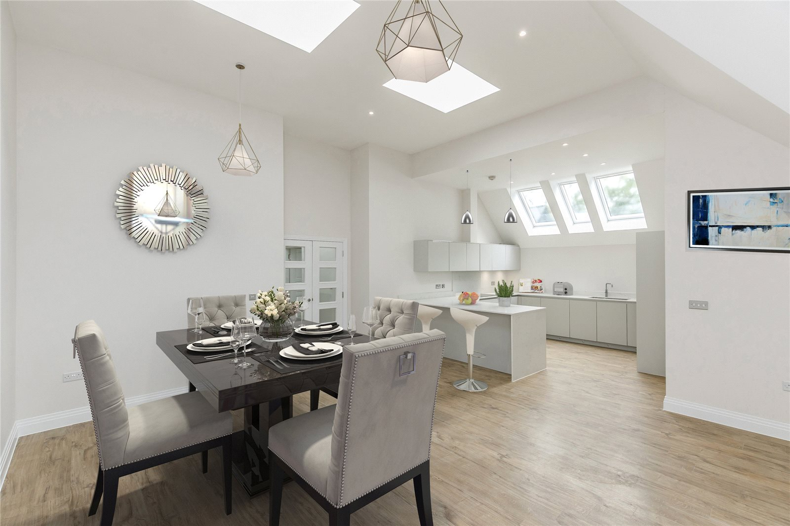 Additional photo for property listing at South Park Crescent, Gerrards Cross, Buckinghamshire, SL9 Gerrards Cross, England