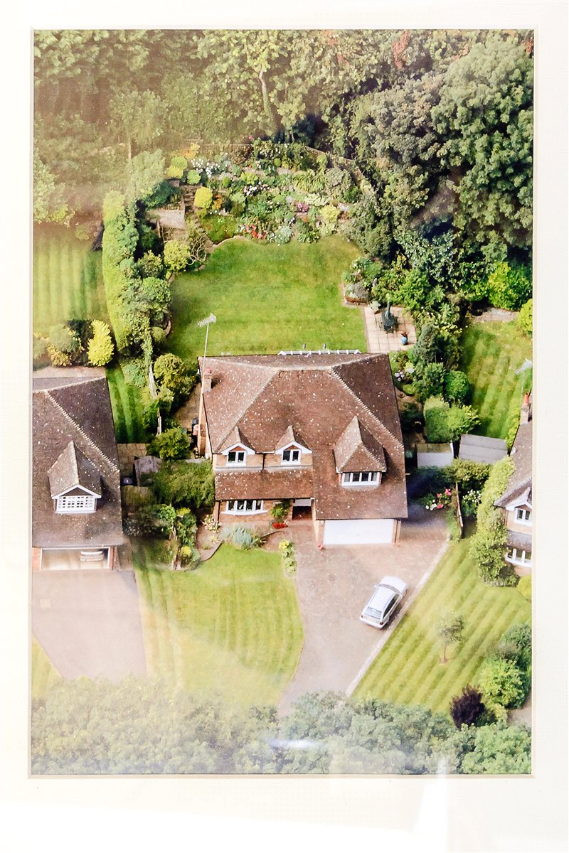 Additional photo for property listing at Russett Hill, Chalfont St Peter, Buckinghamshire, SL9 Chalfont St Peter, England