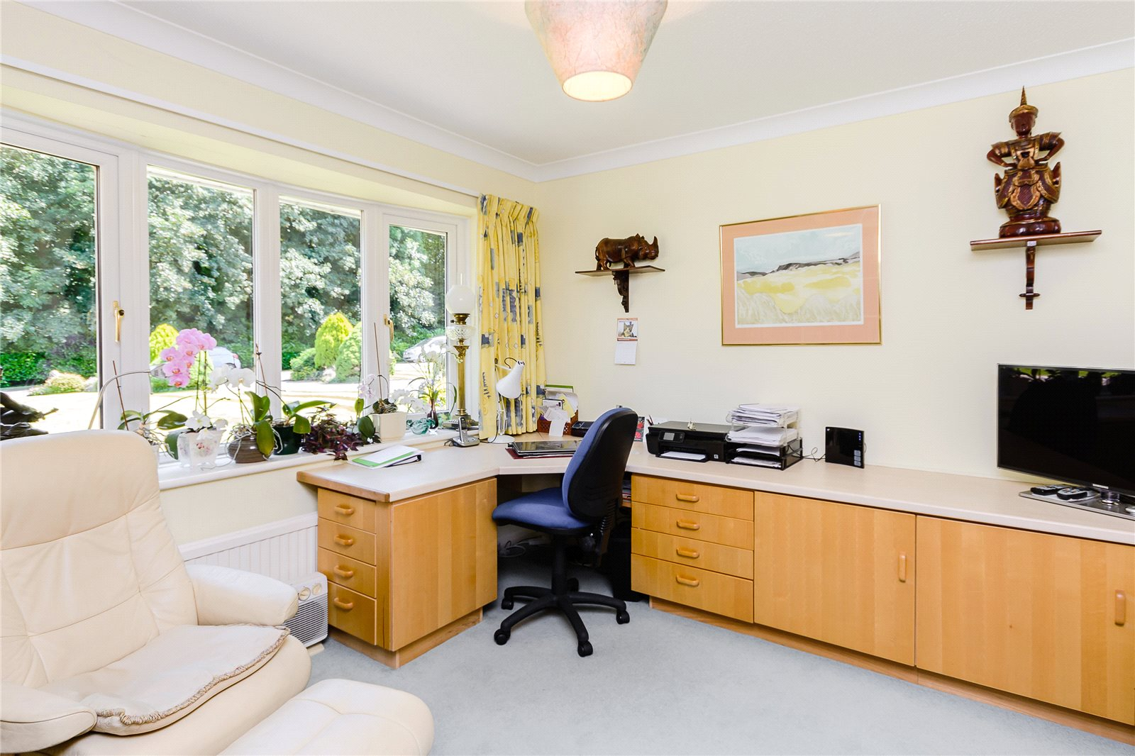 Additional photo for property listing at Russett Hill, Chalfont St Peter, Buckinghamshire, SL9 Chalfont St Peter, Engeland