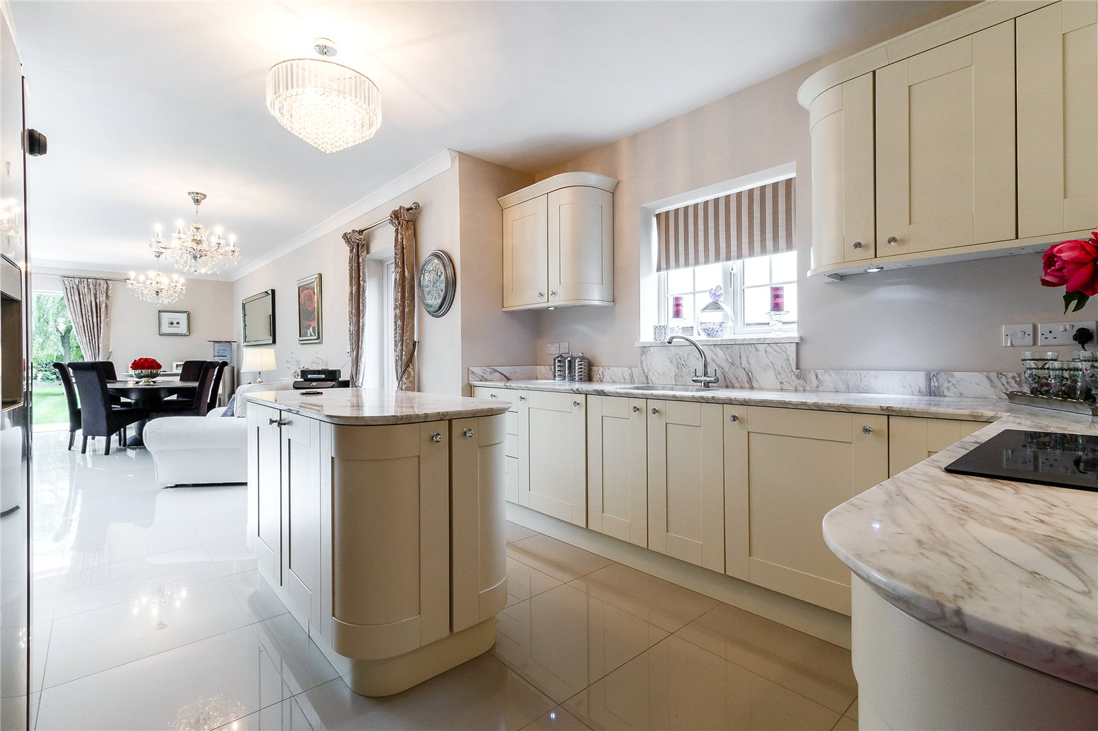 Additional photo for property listing at Farthing Green Lane, Stoke Poges, Buckinghamshire, SL2 Stoke Poges, イギリス