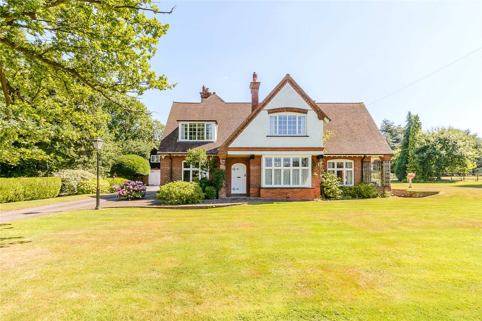 Additional photo for property listing at Harefield Road, Rickmansworth, Hertfordshire, WD3 Rickmansworth, Inglaterra