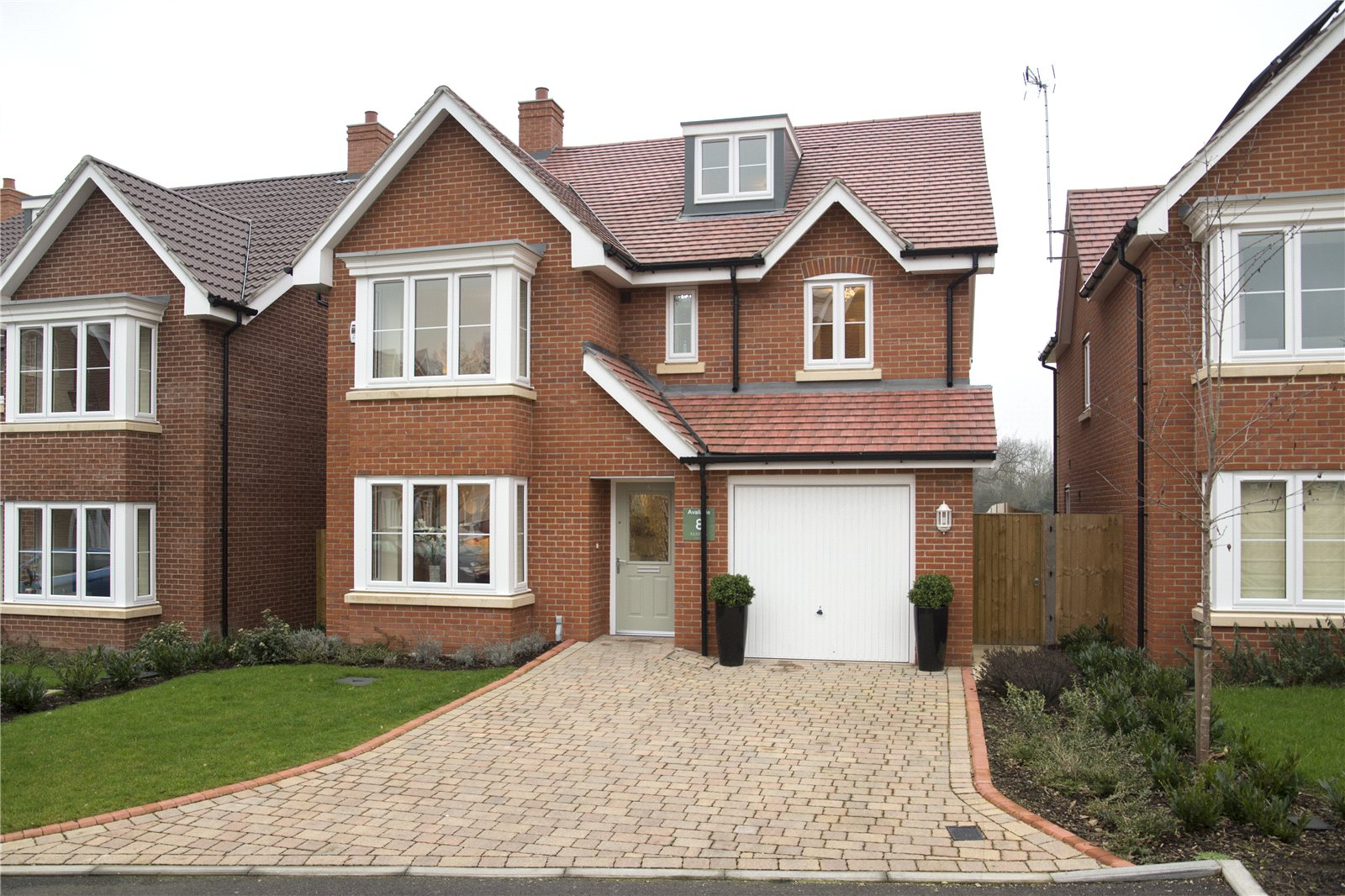 Additional photo for property listing at Norfolk Place, Love Lane, Iver, Buckinghamshire, SL0 Iver, Inglaterra