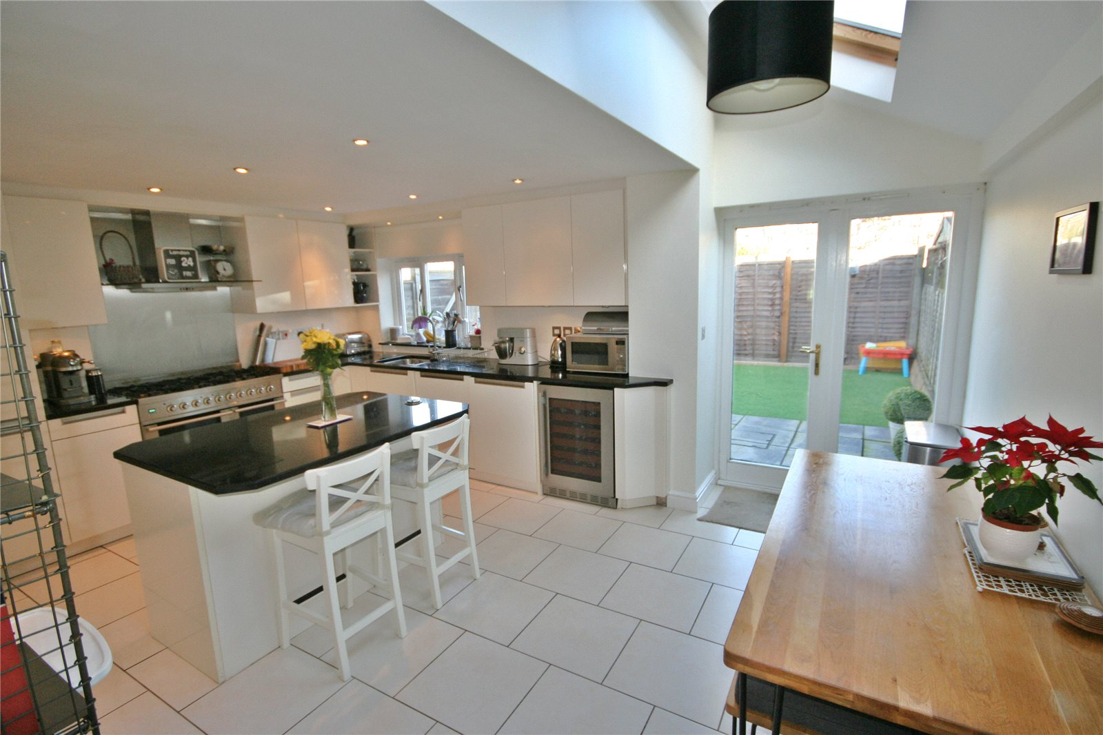 Additional photo for property listing at West Common, Gerrards Cross, Buckinghamshire, SL9 Gerrards Cross, 英格蘭