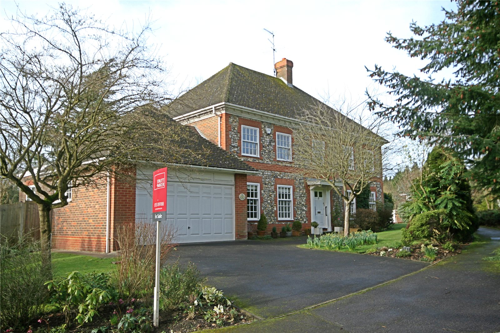 Частный дом для того Продажа на Donnay Close, Gerrards Cross, Buckinghamshire, SL9 Gerrards Cross, Англия