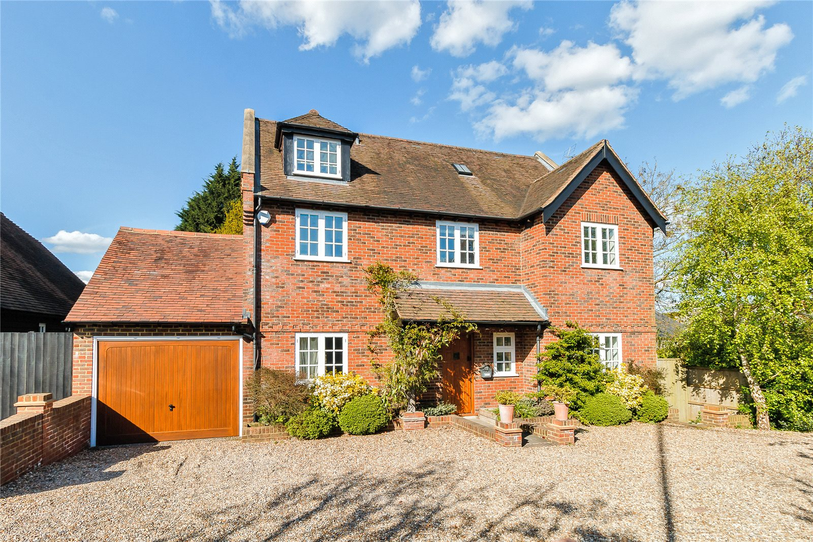 Additional photo for property listing at Oxford Road, Tatling End, Gerrards Cross, Buckinghamshire, SL9 Gerrards Cross, Inglaterra