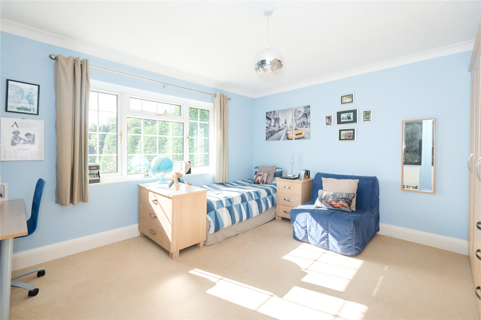 Additional photo for property listing at Priory Road, Chalfont St Peter, Buckinghamshire, SL9 Chalfont St Peter, Αγγλια
