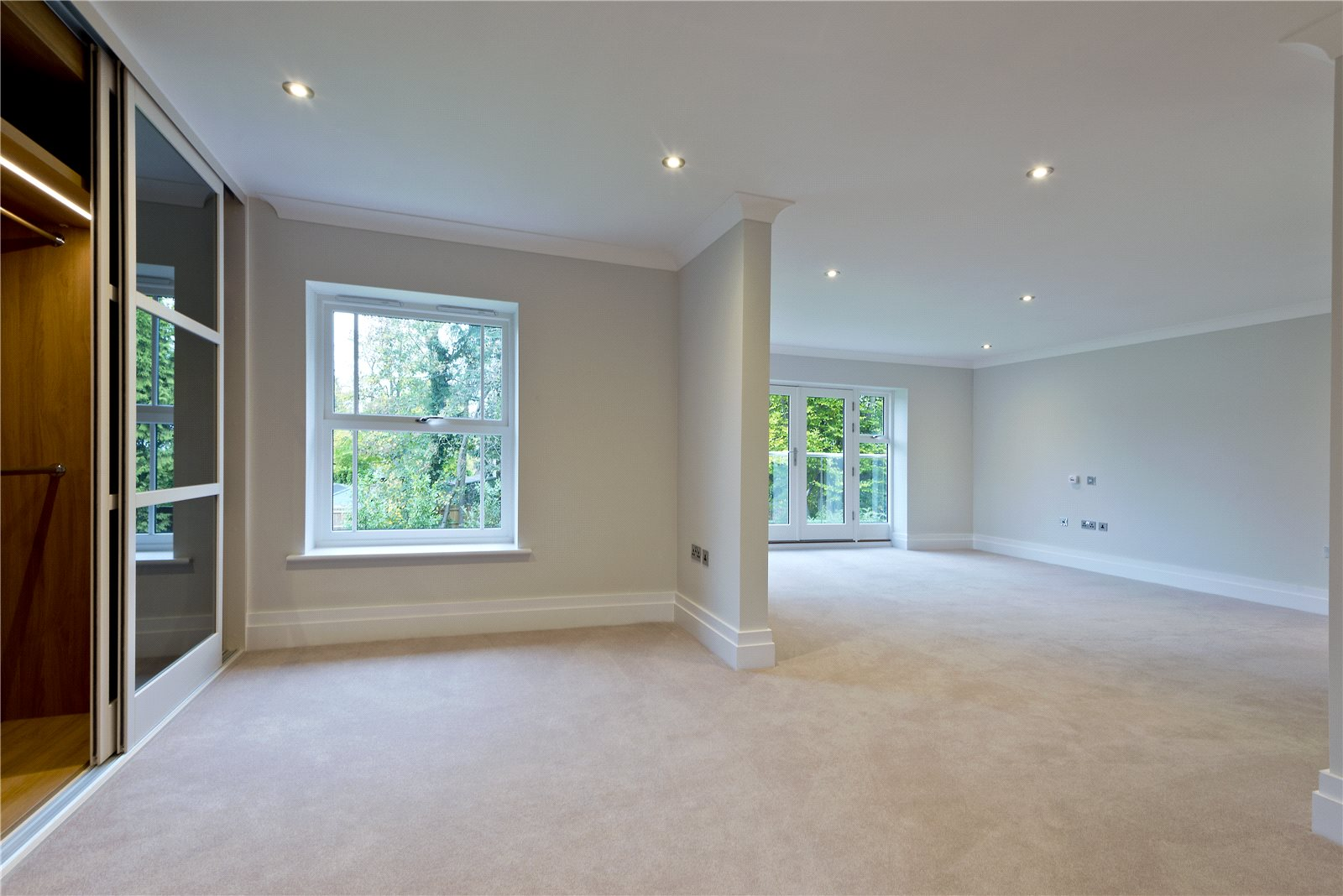 Additional photo for property listing at Glade In The Spinney, Gerrards Cross, Buckinghamshire, SL9 Gerrards Cross, Inghilterra