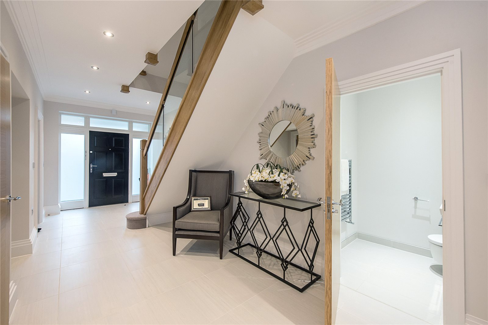 Additional photo for property listing at Glade In The Spinney, Gerrards Cross, Buckinghamshire, SL9 Gerrards Cross, 영국