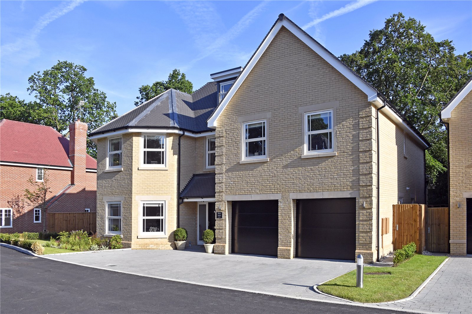 Additional photo for property listing at Glade In The Spinney, Gerrards Cross, Buckinghamshire, SL9 Gerrards Cross, イギリス