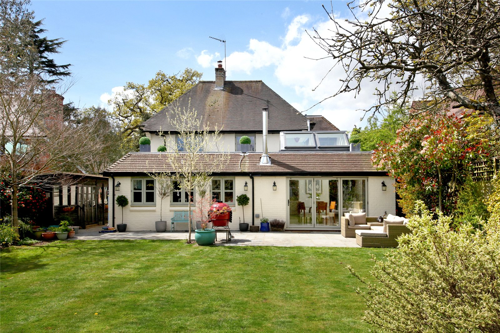 Additional photo for property listing at Lakes Lane, Beaconsfield, Buckinghamshire, HP9 Beaconsfield, 英格蘭