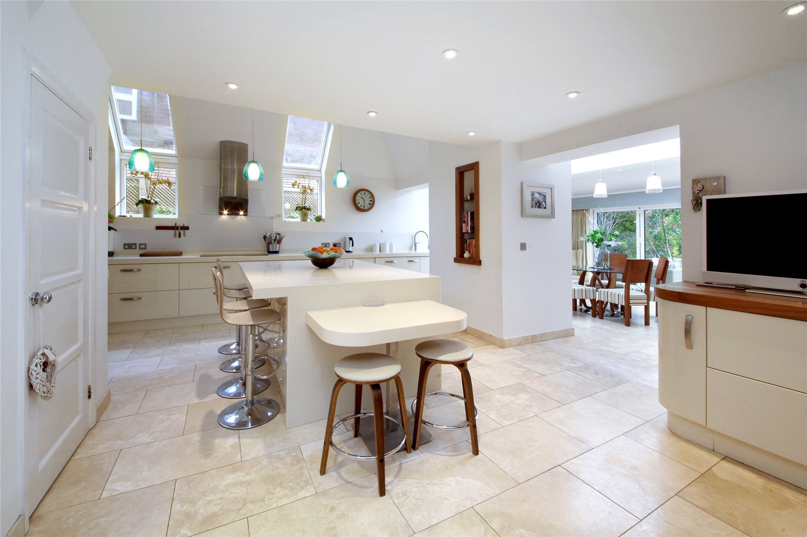 Additional photo for property listing at Lakes Lane, Beaconsfield, Buckinghamshire, HP9 Beaconsfield, Inglaterra