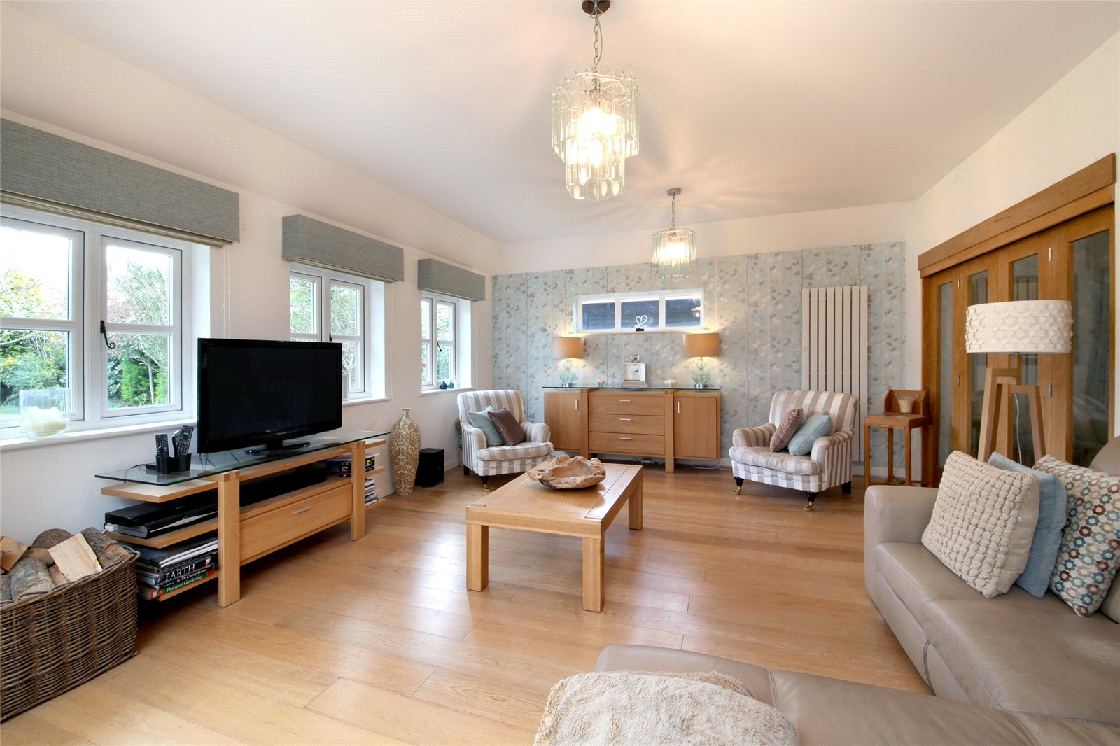 Additional photo for property listing at Lakes Lane, Beaconsfield, Buckinghamshire, HP9 Beaconsfield, Angleterre