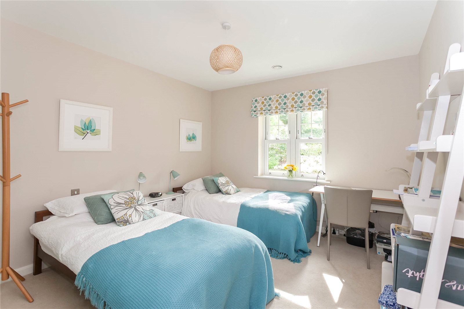 Additional photo for property listing at Baytrees, 20 South Park View, Gerrards Cross, Buckinghamshire, SL9 Gerrards Cross, Angleterre