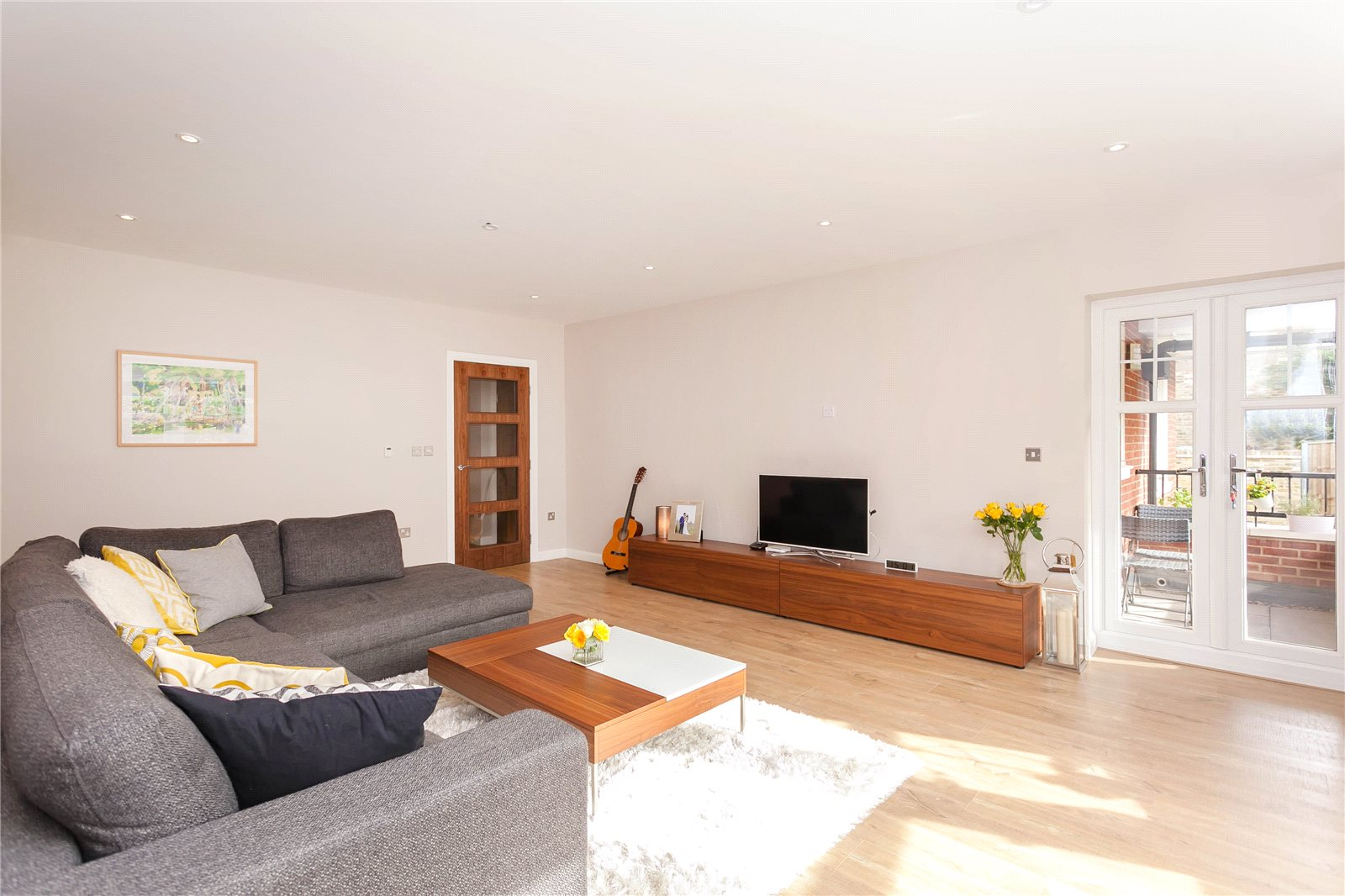 Additional photo for property listing at Baytrees, 20 South Park View, Gerrards Cross, Buckinghamshire, SL9 Gerrards Cross, England