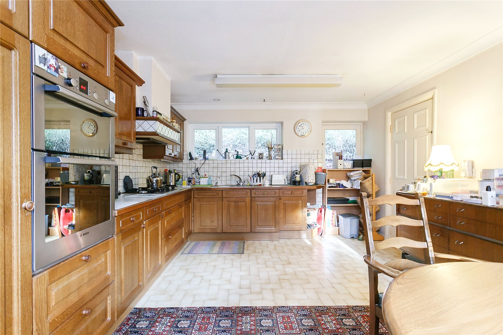Additional photo for property listing at Dukes Close, Gerrards Cross, Buckinghamshire, SL9 Gerrards Cross, Engeland
