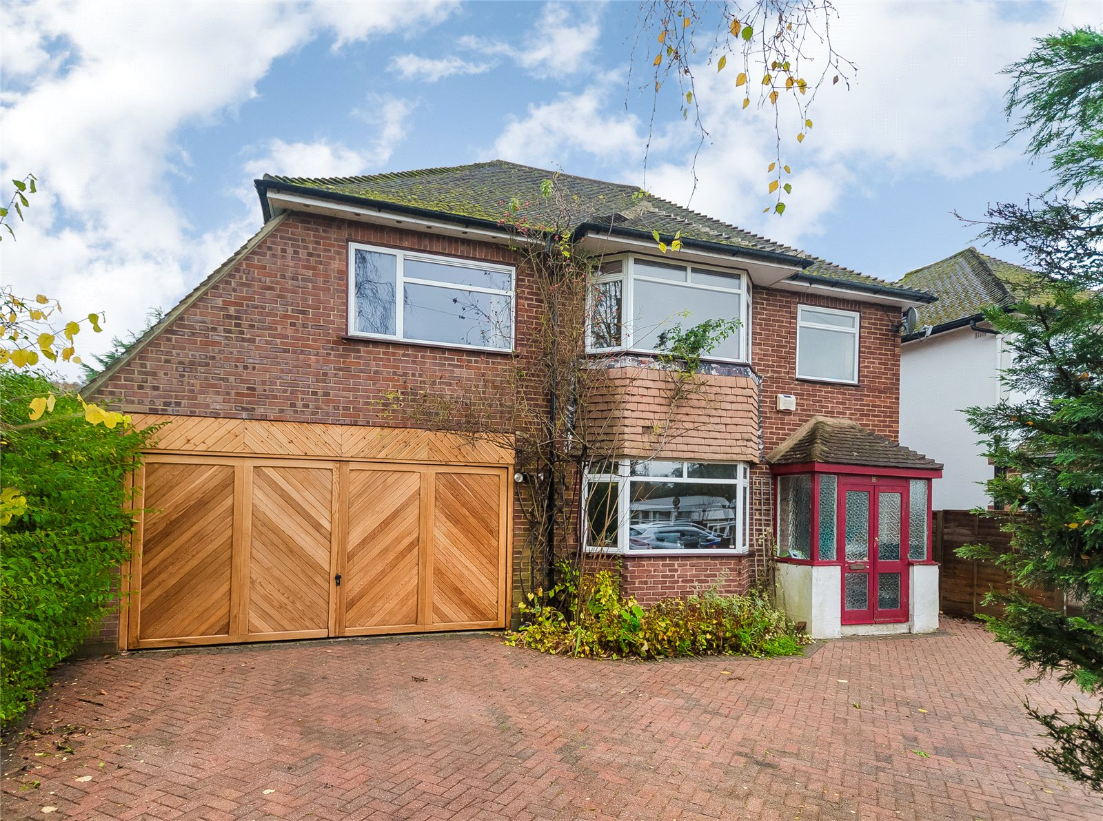 Single Family Home for Sale at Lower Road, Denham, Uxbridge, Middlesex, UB9 Middlesex, England