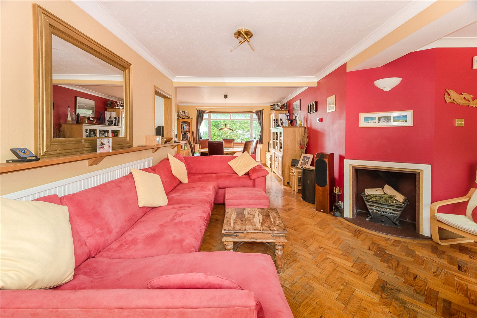 Additional photo for property listing at Lower Road, Denham, Uxbridge, Middlesex, UB9 Middlesex, Ingiltere