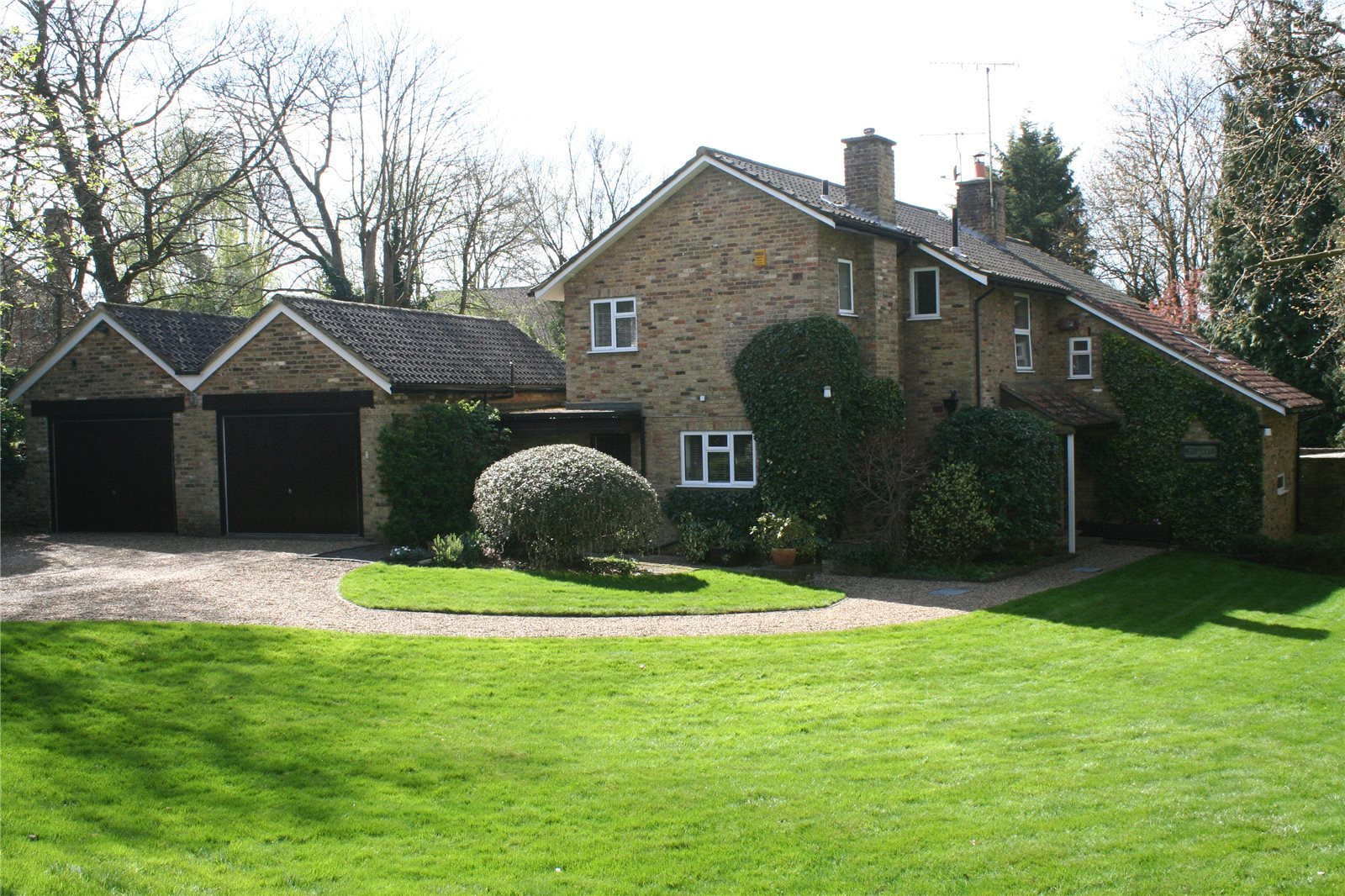 Maison unifamiliale pour l Vente à Ellis Avenue, Chalfont St. Peter, Gerrards Cross, Buckinghamshire, SL9 Gerrards Cross, Angleterre