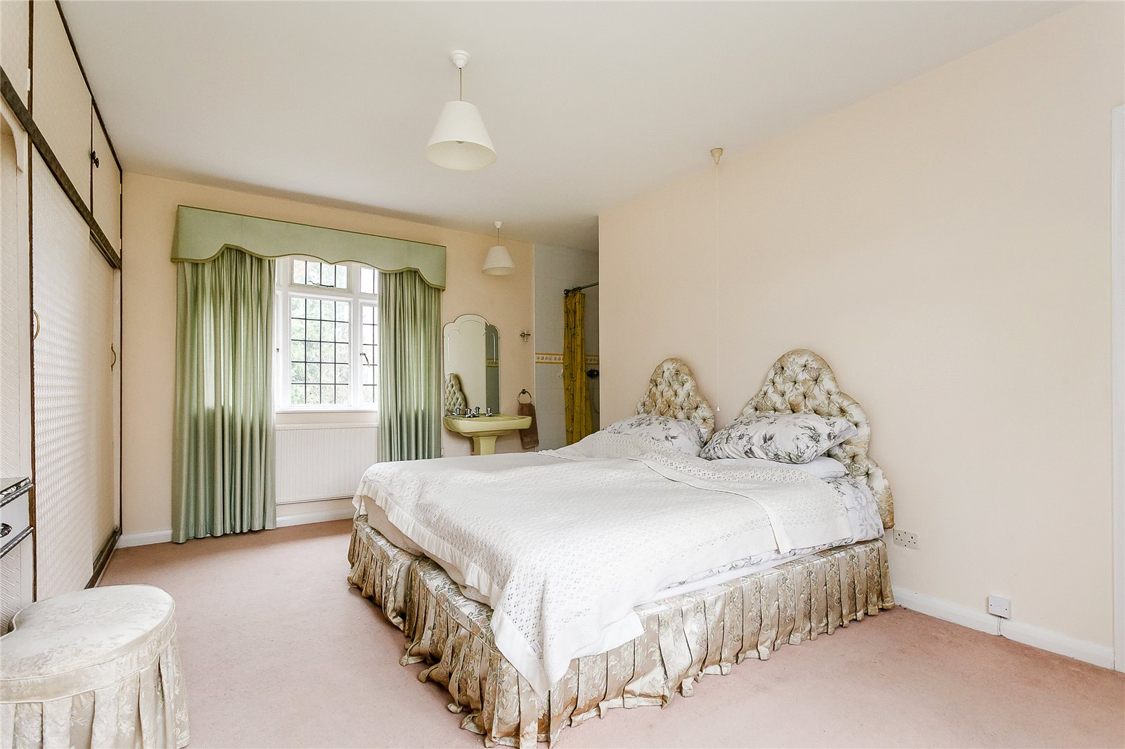 Additional photo for property listing at Duffield Park, Stoke Poges, Buckinghamshire, SL2 Buckinghamshire, England
