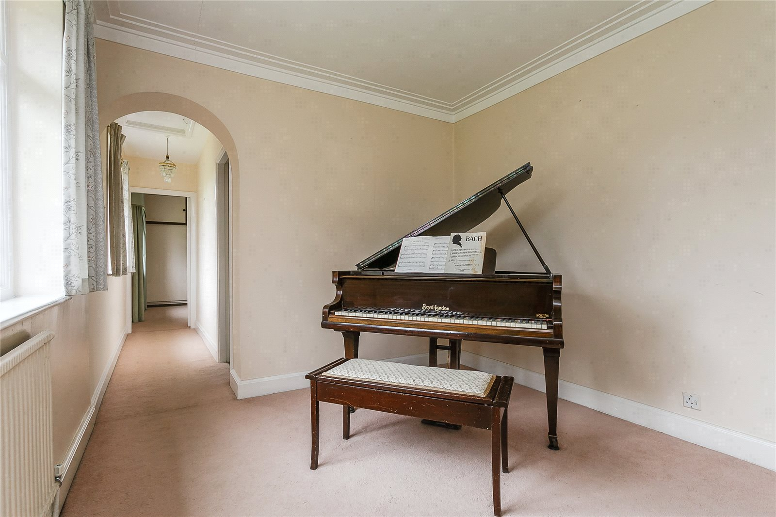 Additional photo for property listing at Duffield Park, Stoke Poges, Buckinghamshire, SL2 Stoke Poges, Inglaterra