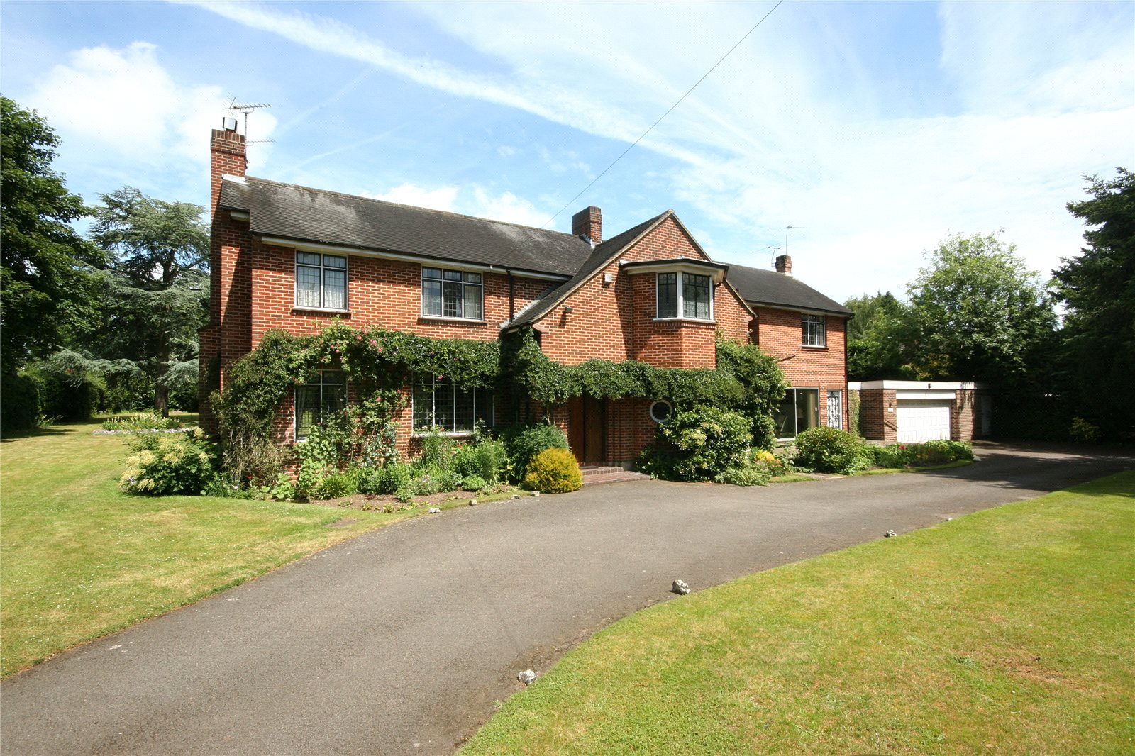 Additional photo for property listing at Duffield Park, Stoke Poges, Buckinghamshire, SL2 Stoke Poges, Engeland