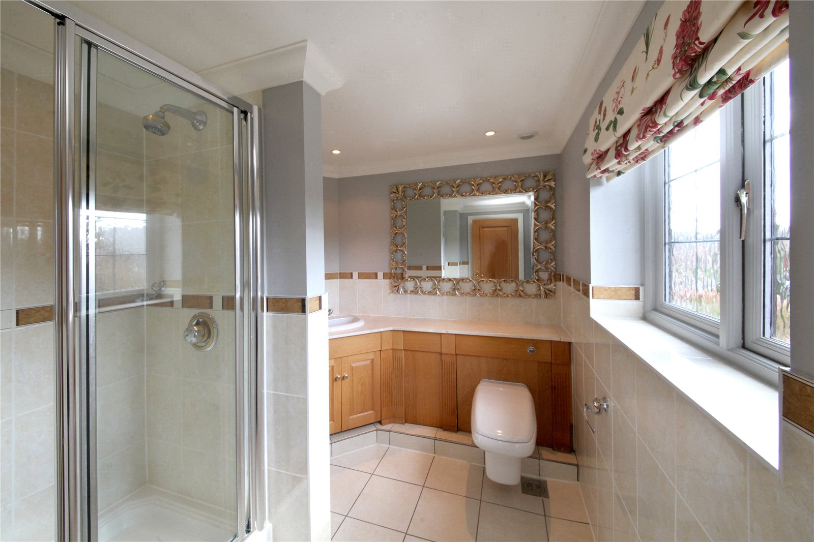 Additional photo for property listing at Ledborough Gate, Beaconsfield, Buckinghamshire, HP9 Beaconsfield, イギリス