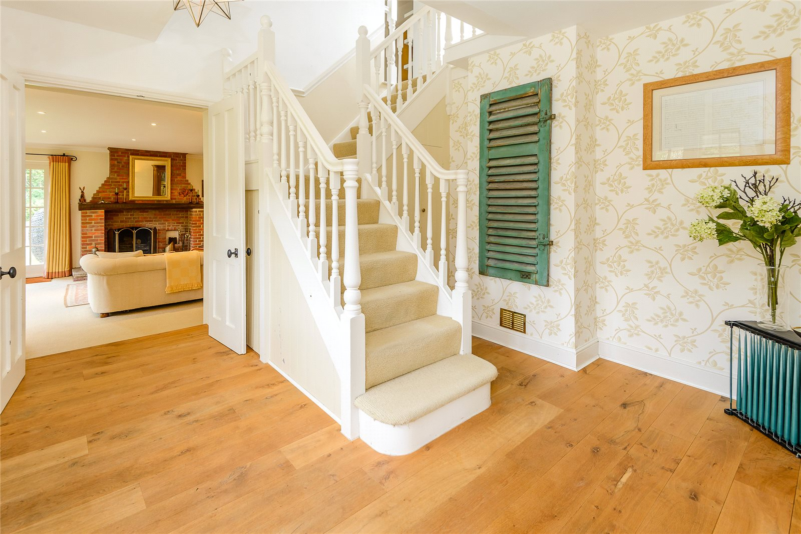 Additional photo for property listing at Hawridge, Chesham, Buckinghamshire, HP5 Chesham, Αγγλια