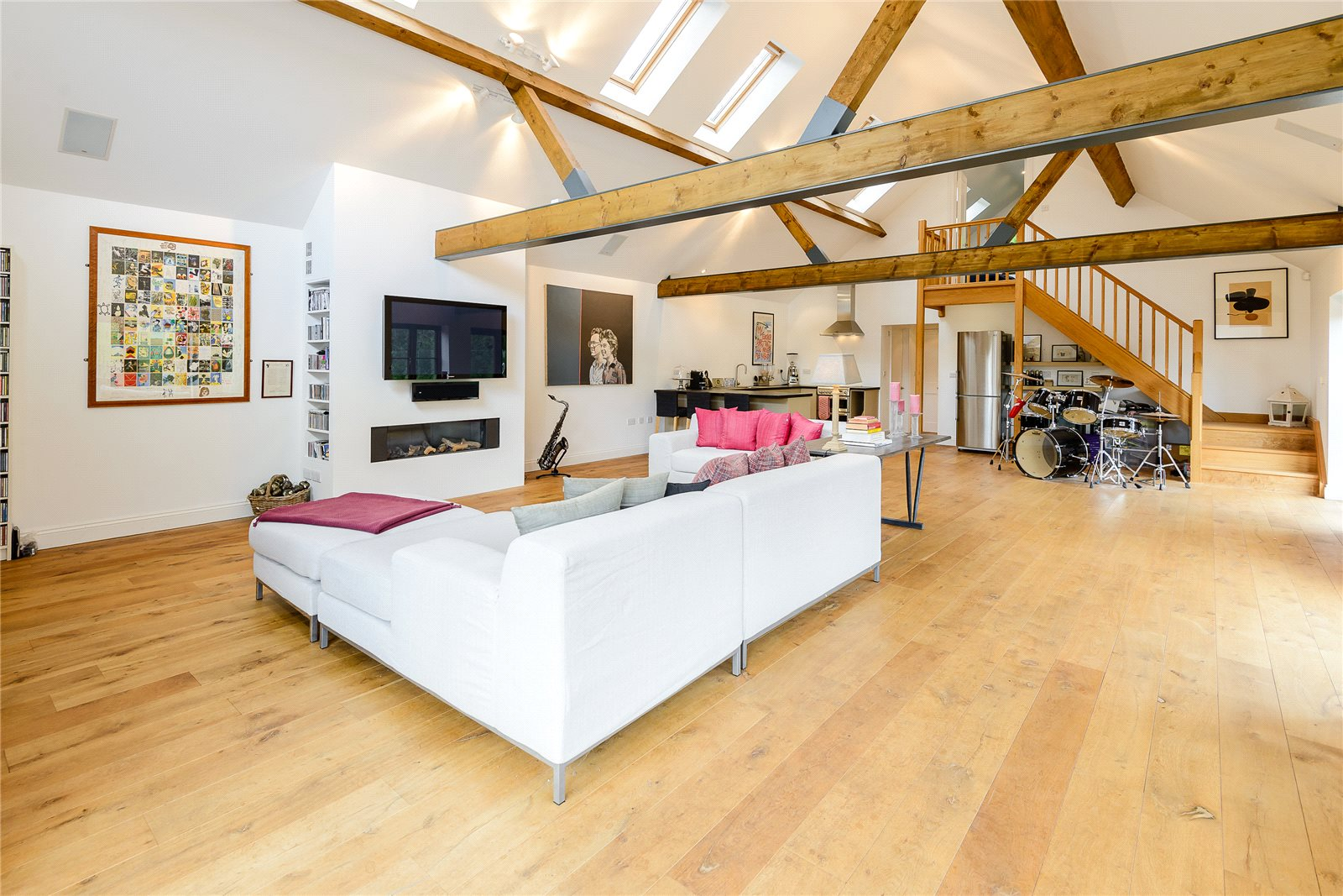 Additional photo for property listing at Hawridge, Chesham, Buckinghamshire, HP5 Chesham, イギリス